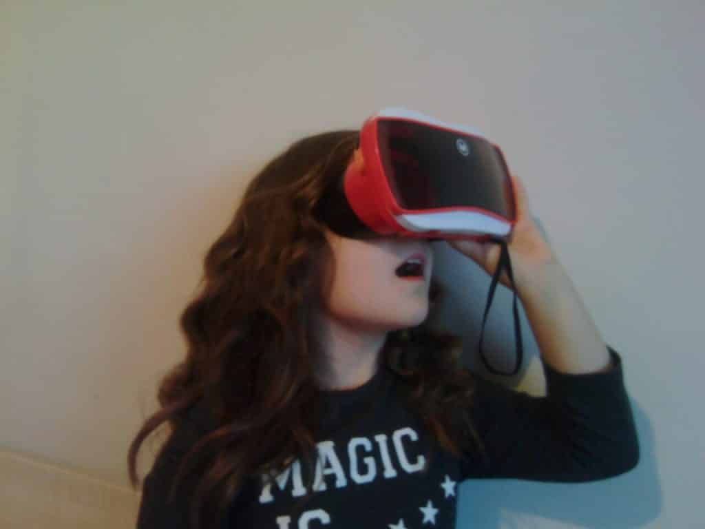 virtual reality and young children - my 9 year old niece Dayna with View Master
