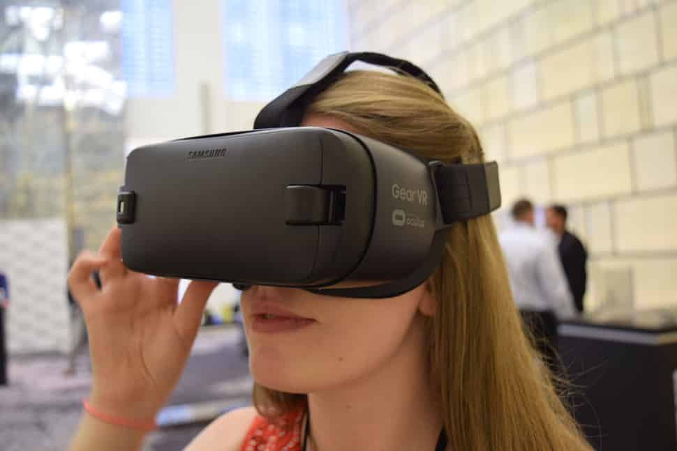 Samsung Gear VR - the future of VR is mobile