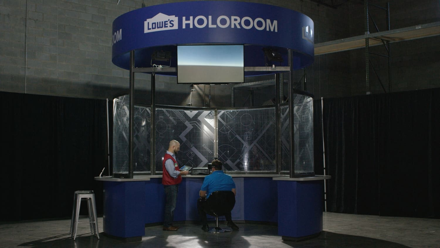 Lowes VR and AR initiatives - Holoroom