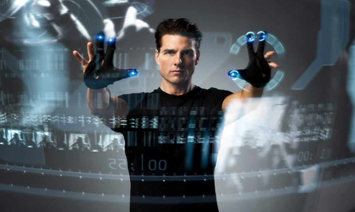 Minority Report's own VR interface required even less than Oculus Dash - only a pair of gloves
