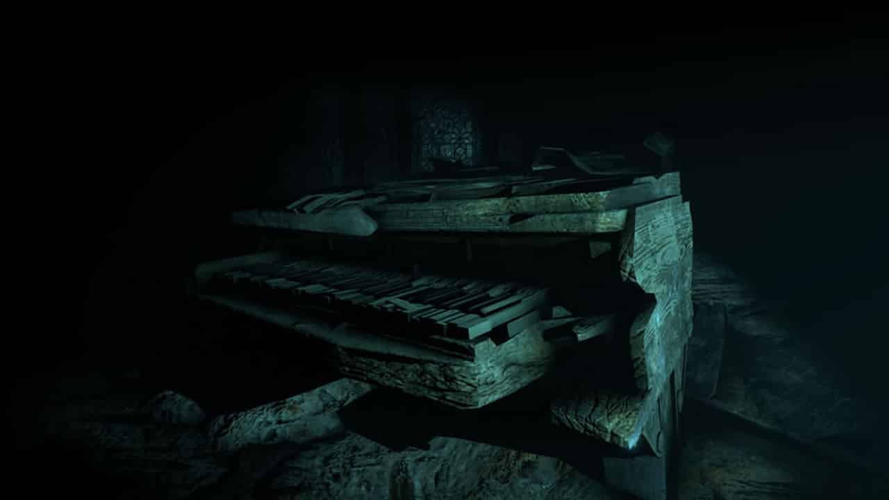 Titanic Piano in the VR Experience