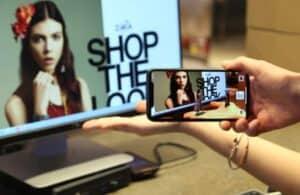 Shop through Augmented Reality