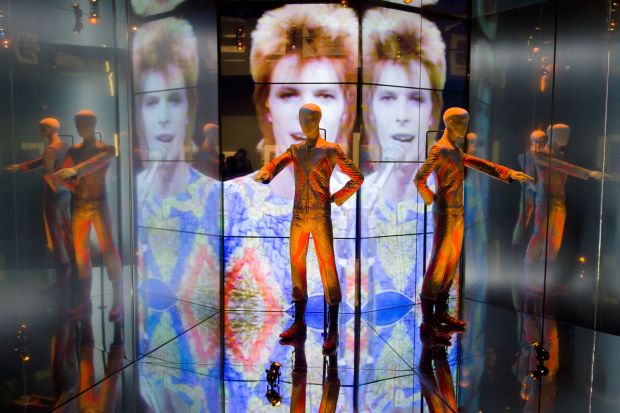 David Bowie Starman coming in VR and AR