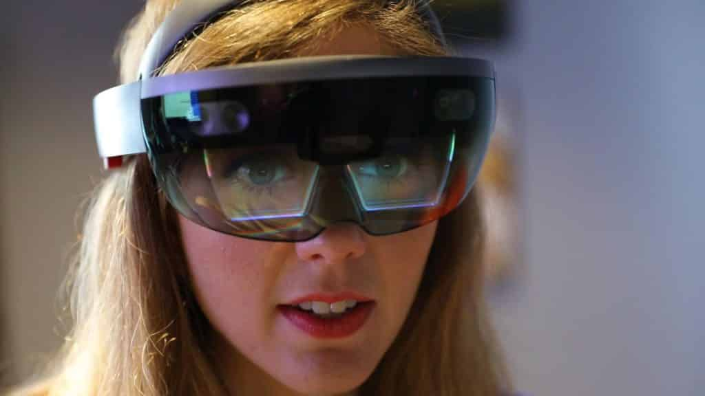 HoloLens 2 may arrive at MWC