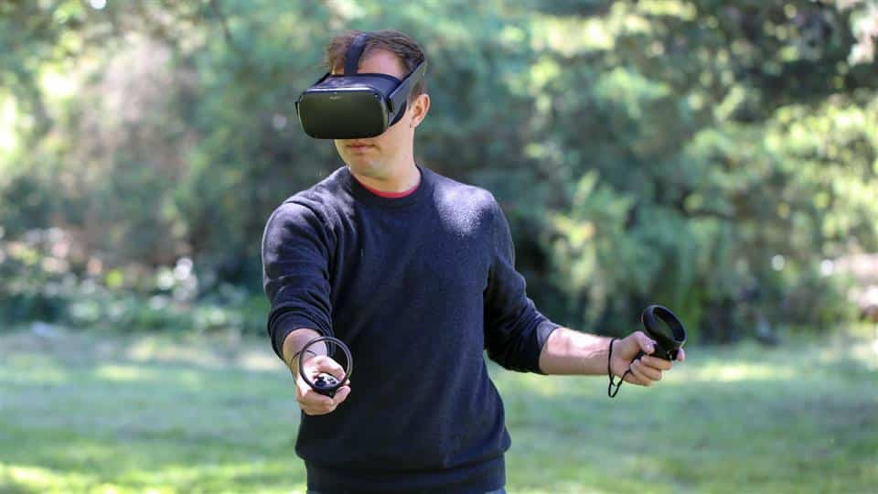 The Oculus Quest can be used anywhere, even outdoors.