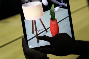 shop in augmented reality with Apple