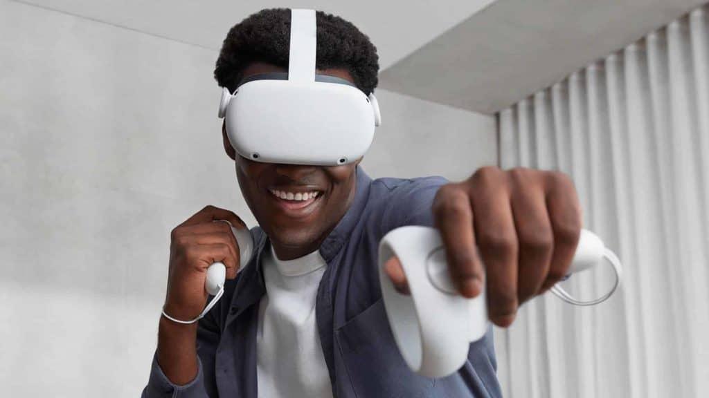 Oculus Quest 2 news - Facebook account issues, a jailbreak, and broken straps.